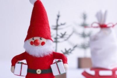クリスマスプレゼントにおすすめのアクセサリー♡彼女や妻に喜ばれる、もらって嬉しい人気のアクセサリー