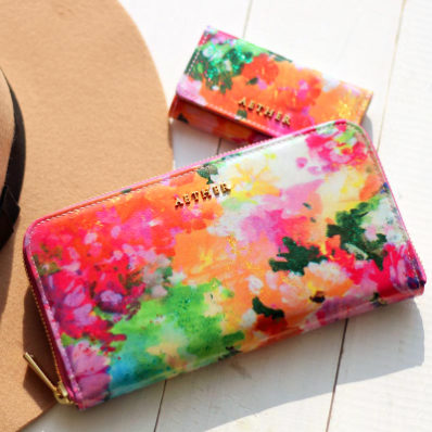 財布のプレゼントにおすすめ!おしゃれだとみんなに褒められるレディース財布