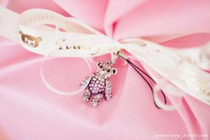 彼女にネックレスをプレゼントするなら!かわいくて演出も喜ばれる♡テディベアネックレス
