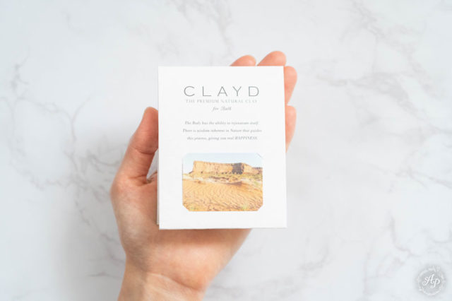 人気の高級入浴剤・クレイドの入浴剤が気持ちいい。スパ気分を味わえる、おしゃれな入浴剤『WEEKBOOK』【感想・口コミ】